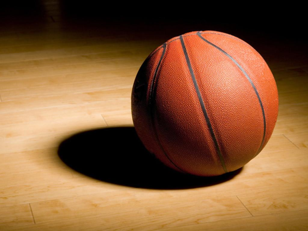 Women%E2%80%99s+basketball+players+associate+with+altercation+after+football+game