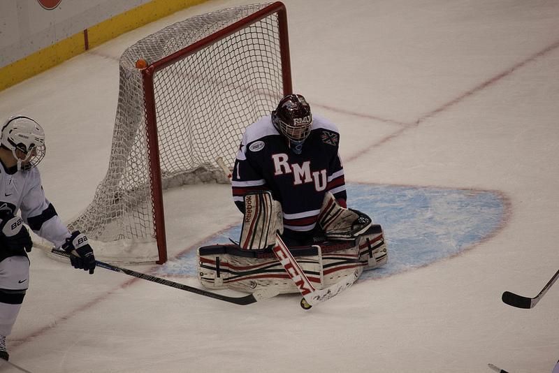 Goaltending a bright spot in RMU's loss