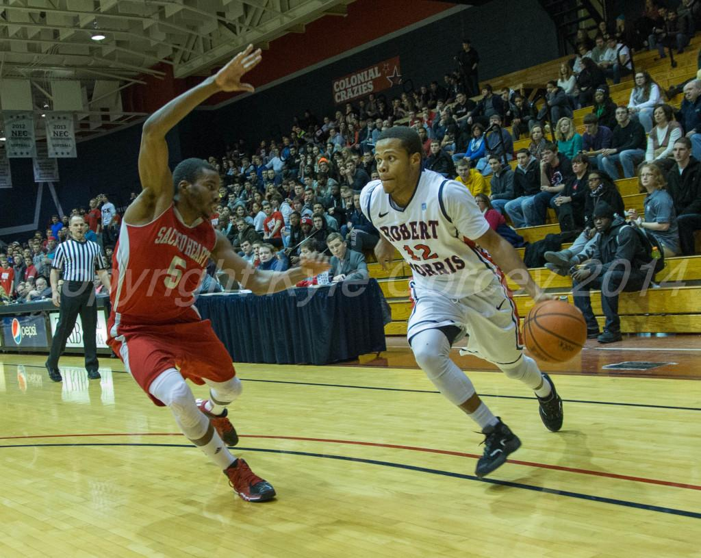 Colonials ease past Pioneers