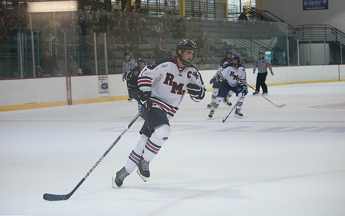 Colonials fall to Lakers, focus on playoffs
