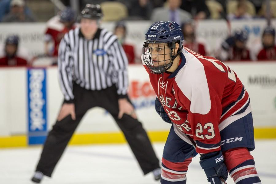 RMU+hockey+extends+streak+with+win+over+Canisius