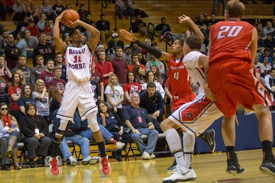 Rodney+Pryor+scored+14+points+for+RMU+Tuesday+night%2C+but+it+wasn%27t+enough+to+overcome+Youngstown+State.+