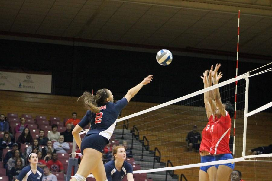 April Krivoniak recorded 9 kills against Sacred Heart but her team fell to the Pioneers Sunday.
