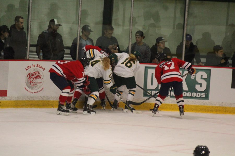 RMU+battled+to+a+3-3+tie+against+Clarkson+after+Kirsten+Welsh%27s+late+regulation+score.+