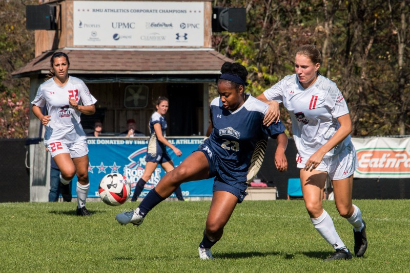 RMU+Women%27s+Soccer+took+on+Mount+St.+Mary%27s+on+October+22nd+at+1pm.+
