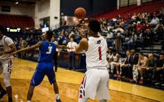 Men's Basketball: RMU vs Central Connecticut