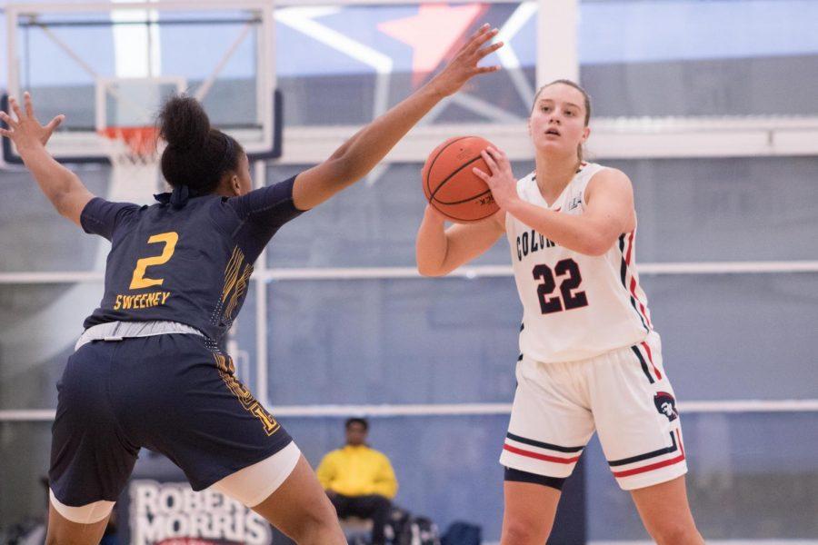 Women's Basketball vs La Salle