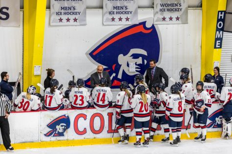 The Robert Morris women's hockey meets during a break against RPI Nov. 12, 2018 (David Auth/RMU Sentry Media) Photo credit: David Auth