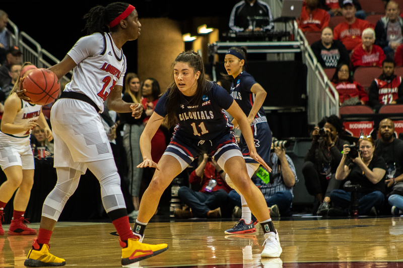 Freshman guard Natalie Villaflor guards her opponent in the NCAA tournament. March 27, 2019 Louisville Ky. (Samuel Anthony/RMU Sentry Media)