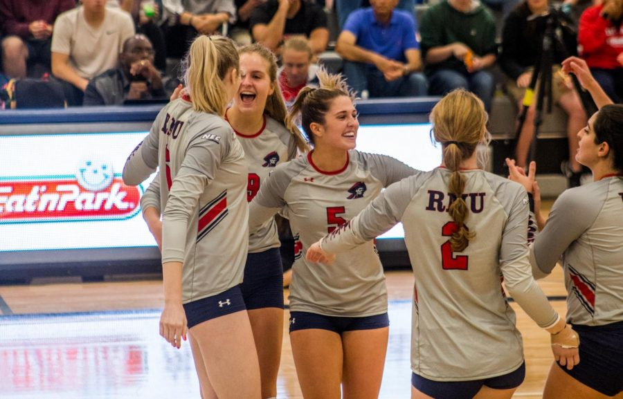 Volleyball+looks+to+continue+strong+start+against+Steel+City+rivals+Duquesne
