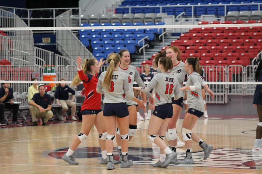 Future looks bright for RMU volleyball