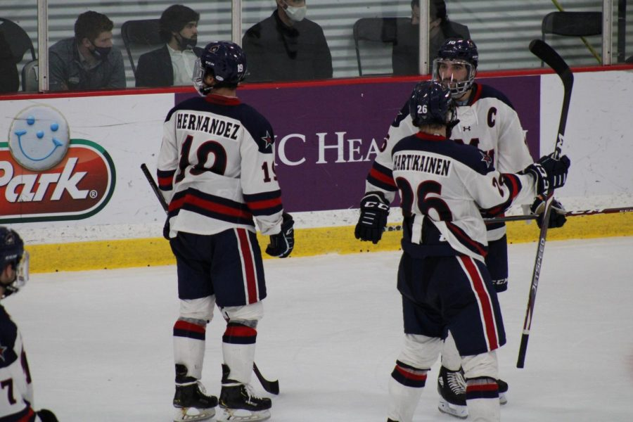 The Colonials ready for a faceoff against Alabama-Huntsville on November 21, 2020  Photo credit- Nathan Breisinger