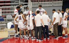 Men's basketball has had a season clouded in doubt after a wave of cancellations and reschedules. Photo Credit: Ethan Morrison