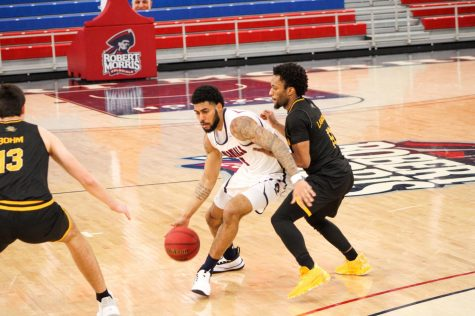 RECAP: Men's basketball drops third straight, falling to Northern Kentucky at home