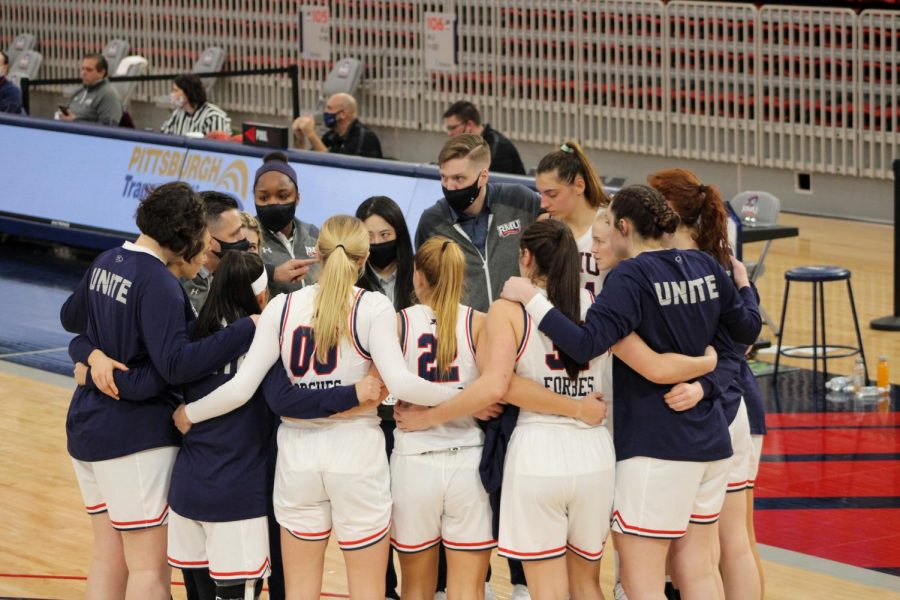 Women's basketball travels to Oakland this weekend. Photo Credit: Tyler Gallo