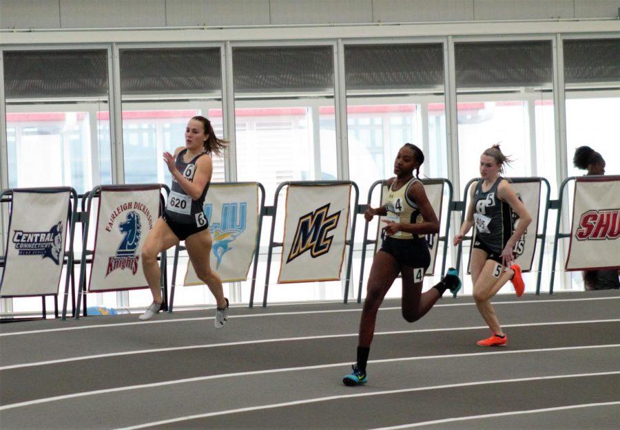 Track takes part in the CMU invitational. Photo Credit: Jordan Redinger