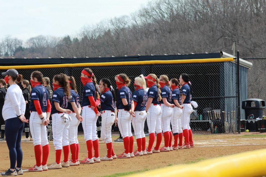 Softball takes on Purdue Fort Wayne. Photo Credit: Colby Sherwin